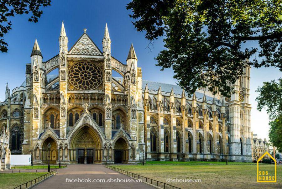 Công trình phong cách Gothic tiêu biểu