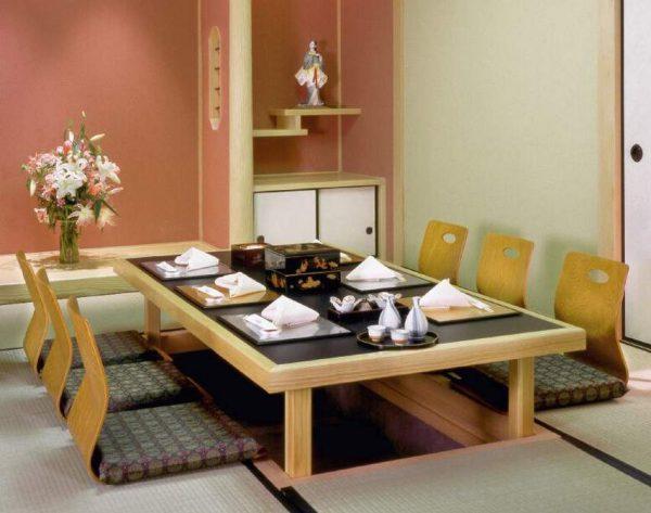 bàn ăn bệt kiểu nhật