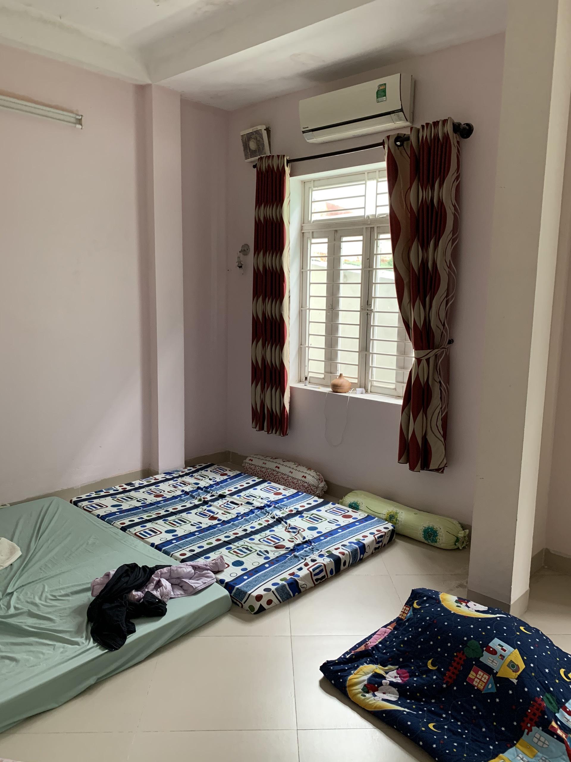 Phòng ngủ con lúc ban đầu chưa cải tạo